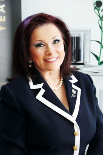Irena Oliver, FM UK